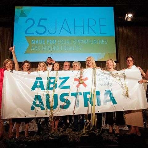 Wir unterstützen: abz*austria